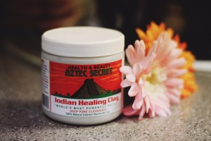 beauty, oily skin, skin care, Aztec Secret Indian Healing Clay review, using clay for skin care, using clay for beauty, clay as a beauty regimen, how to make a clay mask, best clay mask, clay mask ideas, clay beauty masks, detoxifying face beauty masks, best masks for acne and oily skin, best masks for all skin types, uses of apple cider vinegar, dark oily skin beauty bloggers, ugandan bloggers, african beauty fashion bloggers, apple cider vinegar clay oats beauty mask