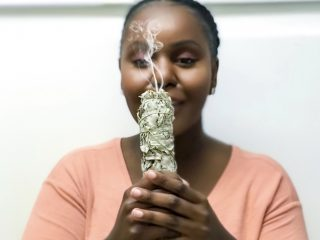 smudge, BURNING SAGE BAD VIBES, bukhoor, indian champaka, ritual, good vibes only, positive energy, feng shui, organizing your new home decorating, how cleanse new home